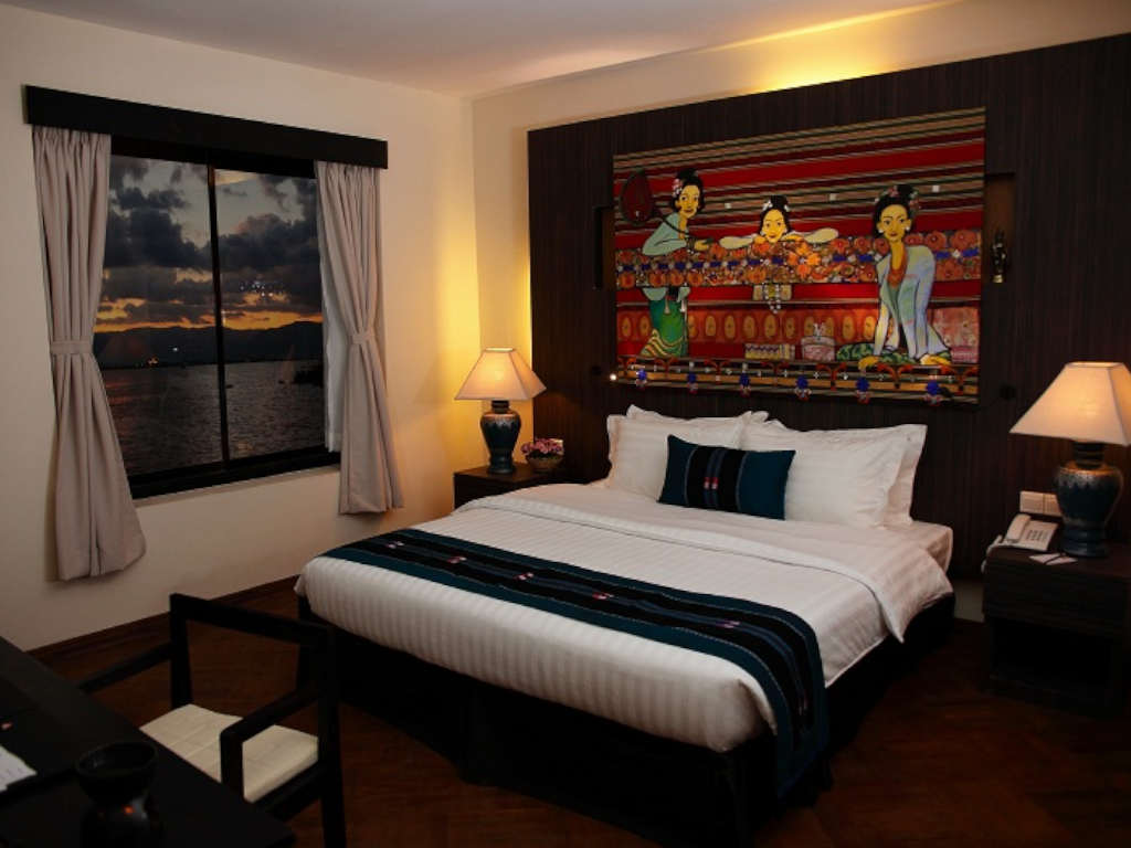 /images/room/amata-inle-resort-deluxe3.jpg