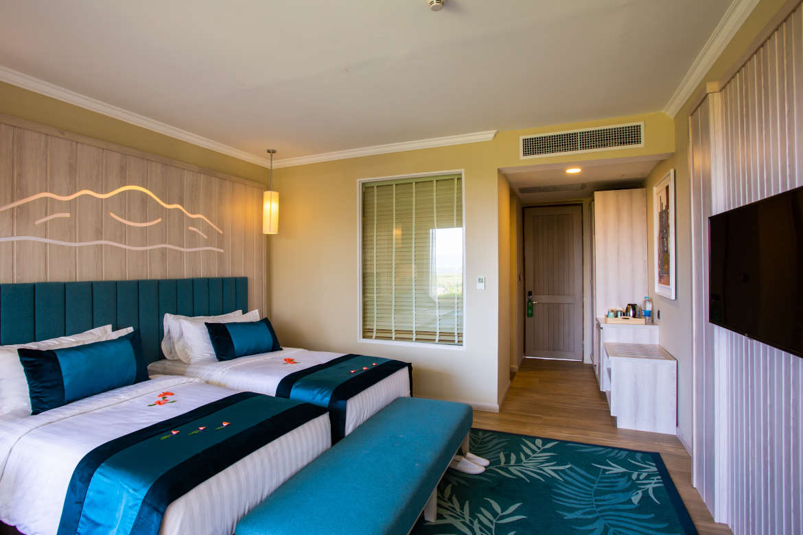 /images/room/amata-inle-resort-royal-deluxe-room5.jpg