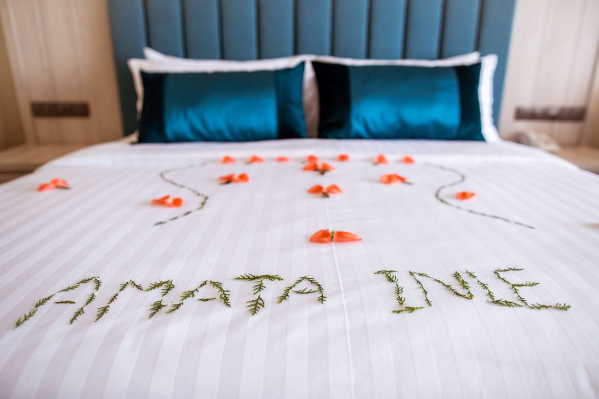 /images/room/amata-inle-resort-royal-deluxe-room6.jpg