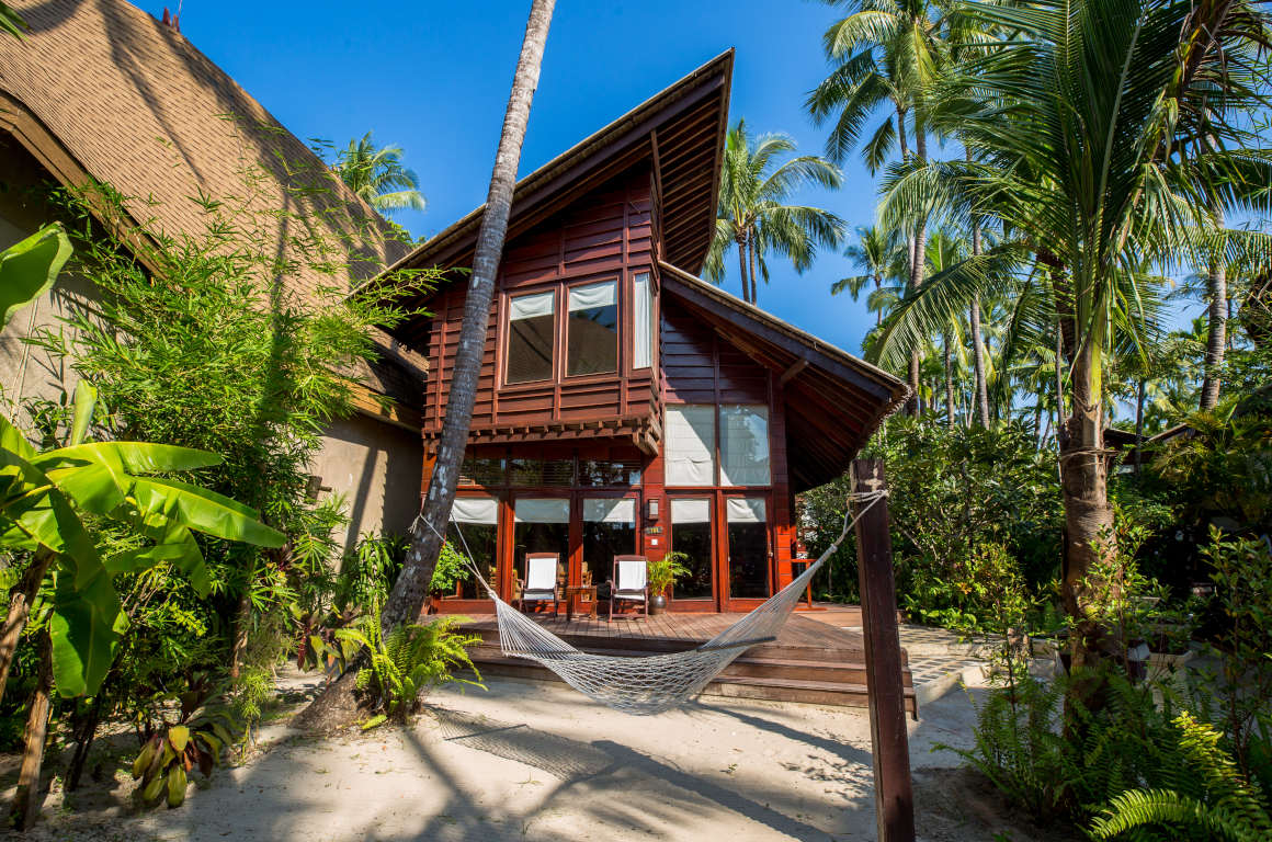 /images/room/amata-ngapali-resort-cabana-cottage2.jpg