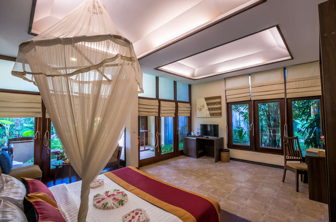/images/room/amata-ngapali-resort-superior-room10.jpg